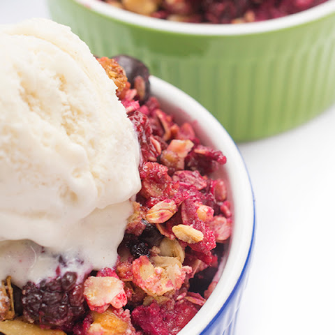 Berry Crisp with Almond Meal {Gluten Free}
