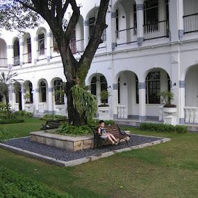 Majapahit Garden by Wayne Duplessis - Buildings & Architecture Office Buildings & Hotels ( indonesia, fountain, east java, majapahit, hotel, restaurant, garden, surabaya )