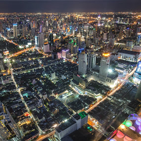 Bangkok – The City never sleeps by Waraphorn Aphai - City,  Street & Park  Skylines ( night light, bangkok, baiyoke sky tower )