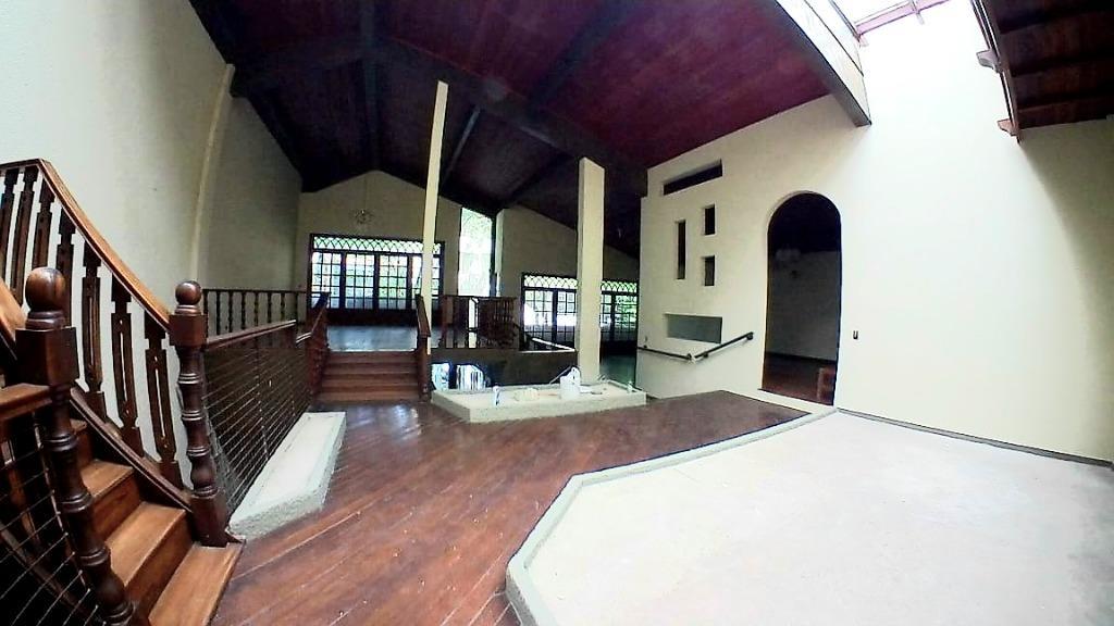 Casa em Charitas  -  Niterói - RJ