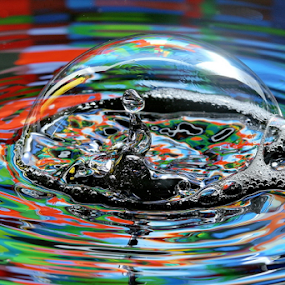 In the Bubble by Michael Schwartz - Abstract Water Drops & Splashes