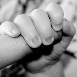 by Cassandra Buck-Photography - Babies & Children Hands & Feet
