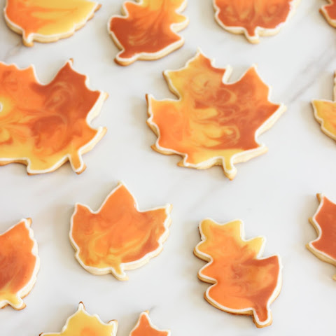 Cookie Flooding - Sugar Cookie Cutouts