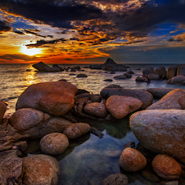 Rock sunset by Dany Fachry - Landscapes Beaches