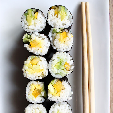 Avocado & Vegetable Sushi