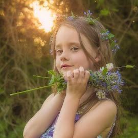by Becky Kempf - Babies & Children Child Portraits