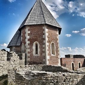 Medvedgrad fortress by Suzana Svečnjak - Instagram & Mobile Android
