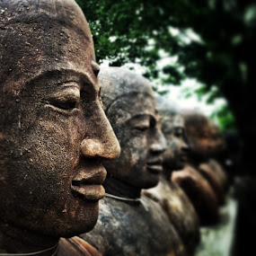 Statues by Geary LeBell - Instagram & Mobile iPhone ( statue, statues, asia, line, row )