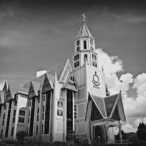 Garedja Bolon by Daniel Pasaribu - Buildings & Architecture Places of Worship ( church, parapat, hkbp )