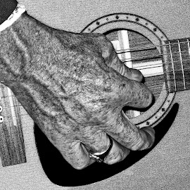 Strum that tune by Stephen Crawford - People Body Parts ( mauchline holy fair, friends, events, burns, guitars,  )