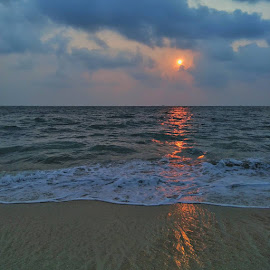 Ablaze by Vysakh Chandran - Instagram & Mobile Android ( seascape, reflection, beach, sunset, sea )