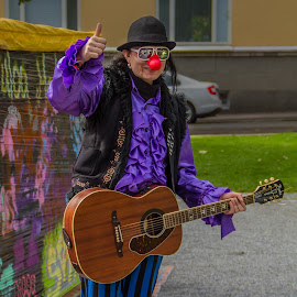 Clown, musician, artist ... by Sakari Partio - People Musicians & Entertainers