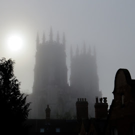 York Minster at Dawn by Nick Swan - Buildings & Architecture Places of Worship ( york minster, dawn, fog, cathedral, architecture )