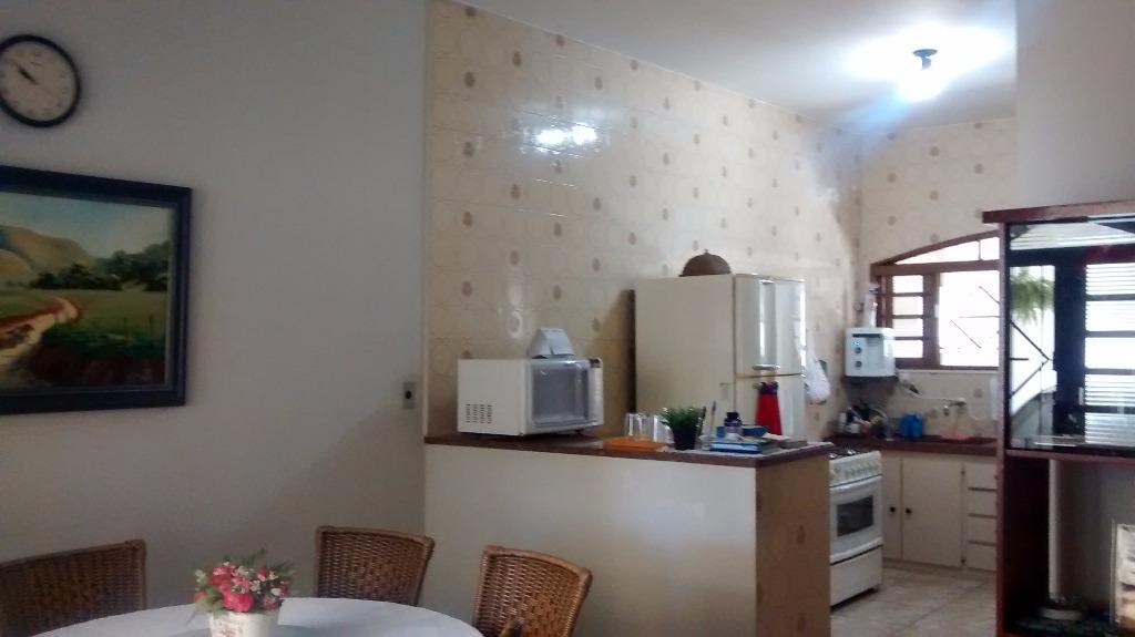 Casa / Sobrado à Venda - Roseiral