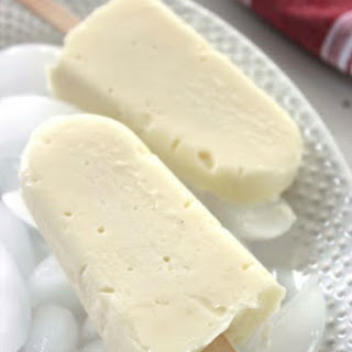 Eggless Vanilla Pudding Pops from Scratch!
