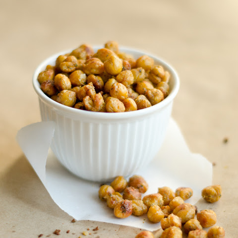 Creamy Ranch Roasted Chickpeas