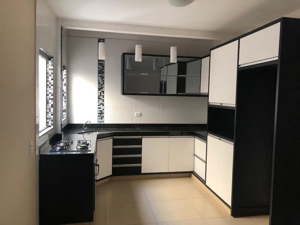 Sobrado com 2 dormitórios para alugar, 150 m² por R$ 1.400/mês - Columbia - Londrina/PR
