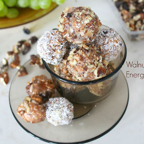Easy Energy Bites With Walnut And Caramel