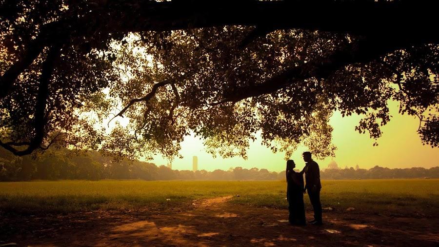 Love in Maidan by Pranab Sarkar - Wedding Bride & Groom ( couple, kolkata, kolkata wedding photography, lovebirds, wedding, indian wedding, indian )