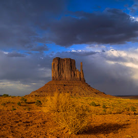 Monument Valley by Stanley P. - Landscapes Deserts