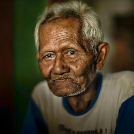 oldmen by Indrawan Ekomurtomo - People Portraits of Men