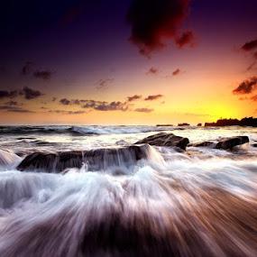 Mengening Bali splash... by Linggar Saputra I Wayan - Landscapes Waterscapes ( bali, sun set, splash, sun rise, wave, mengening, landscape )
