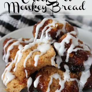 Easy Crock Pot Monkey Bread