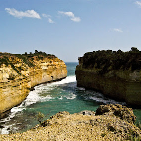 Loch Ard Gorge by Israel  Padolina - Novices Only Landscapes ( ocean, rock formation, beach )