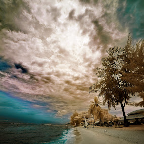 Beach 13 by Jimmy Chiau - Landscapes Weather ( pwcstorm )