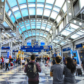 O'Hare International Airport. by Julio Guerrero - Buildings & Architecture Other Interior ( airport, illinois, blue, architecture, chicago, design, united states,  )