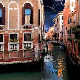 Venise - Orage sur les canaux by Gérard CHATENET - City,  Street & Park  Historic Districts
