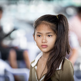 Portrait of  Vietnamese child by Enzo Minchella - Babies & Children Child Portraits ( child, vietnamise, sadness, female, sad, long hair, poor, vietnam )