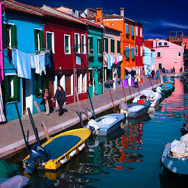Burano et ses canaux by Gérard CHATENET - City,  Street & Park  Street Scenes (  )