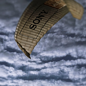 Paragliding - the sport on the sky by Warren Chirinos Pinedo - Sports & Fitness Other Sports ( clouds, warren christopher chirinos pinedo, extreme, paragliding, sky, parapente, parapuerto, sport, perú, miraflores, lima )