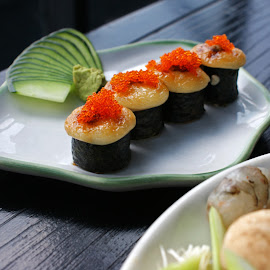 Sushi by Mulawardi Sutanto - Food & Drink Plated Food ( sushi, travel, takigawa, resto, indonesia, bandung )