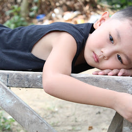 What's on your mind cutie little boy?  by Melanie Casiple - Babies & Children Children Candids ( little boy, model, batangas, thinking, canon )