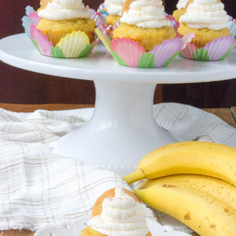 Low Carb Banana Cream Pie Cupcakes