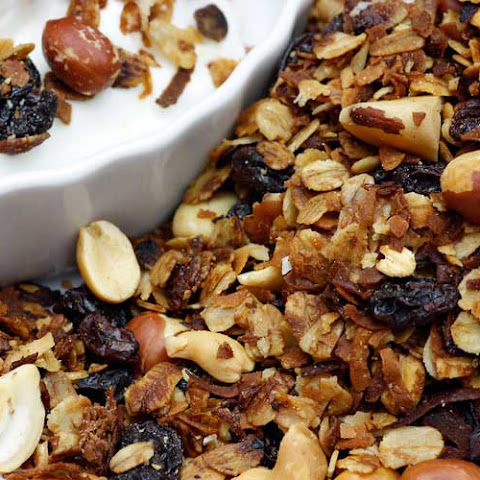 Easy Nutty Granola