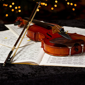 violin with bokeh by SumPics Photography - Artistic Objects Musical Instruments ( music, buy-canvas-art, buy-photo-on-canvas, photo-print, paper, artphoto, play, perform, instrument, bokeh, buy-art-photos, violin, art-photography, string, sheet music, bow, notes, black, piece )