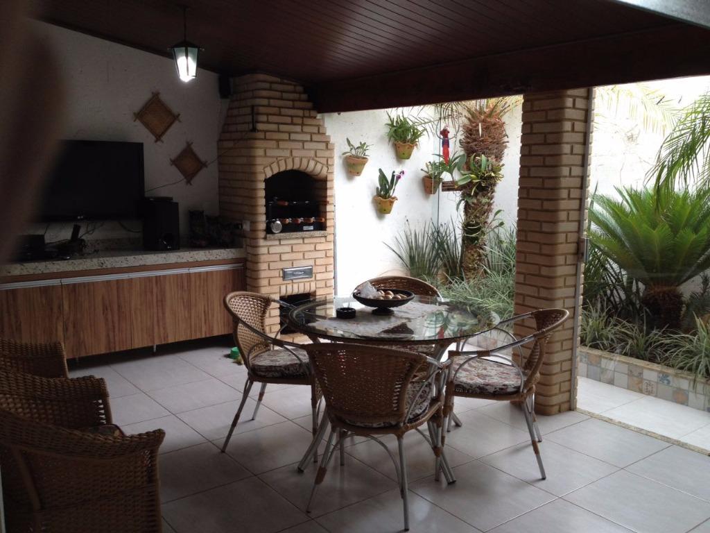 Sobrado residencial à venda, Minas Gerais, Uberlândia.