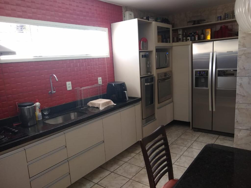 Casa com 3 dormitórios à venda, 180 m² por R$ 580.000,00 - Bessa - João Pessoa/PB
