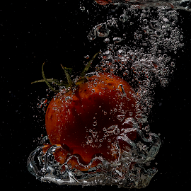 Splash down by Rob Crutcher  - Artistic Objects Other Objects ( stop motion, creative, tomato, water splash )
