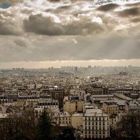 Paris vu de Montmartre by Mateo de la Vega - City,  Street & Park  Vistas