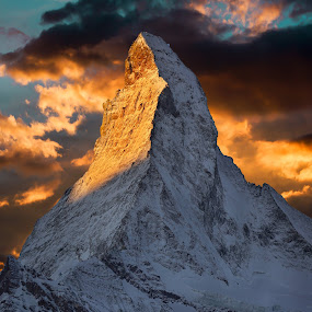 Matterhorn by Arda Erlik - Landscapes Mountains & Hills ( sony, zermatt, matterhorn, switzerland, sunrise, landscape )