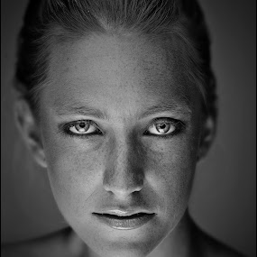 by Adrian Chinery - Black & White Portraits & People ( face, model, blonde, female, woman, stare, lady, beauty, freckles, skin, eyes )