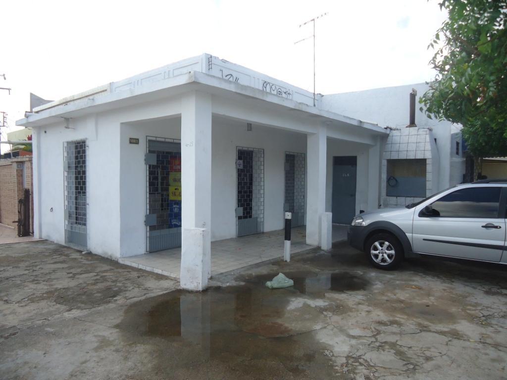 Casa Comercial à Venda - Álvaro Weyne
