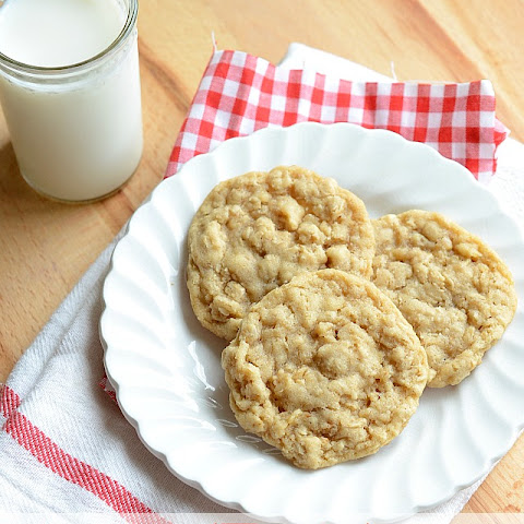 Perfectly Simple Oatmeal Cookies