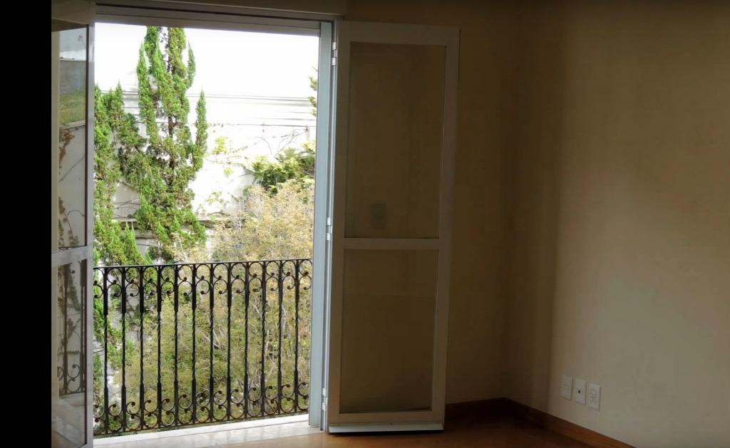 Casa de 6 dormitórios em Alphaville Residencial Um, Barueri - SP