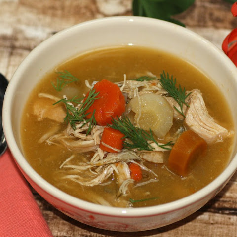 Healing Chicken, Garlic, And Ginger Soup