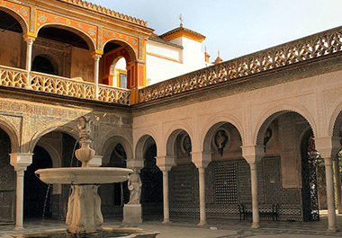 Casas-Palacio de Sevilla: tesoros ocultos de la ciudad